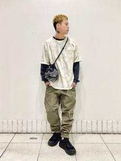 札幌パセオ店のgenさんのLeeのタイダイ柄 半袖Tシャツを使ったコーディネート