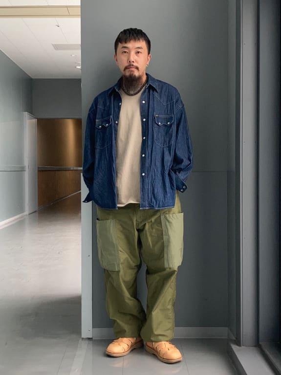 Lee アミュプラザ博多店のえんどうさんのLeeのミリタリー ビッグポケットパンツを使ったコーディネート