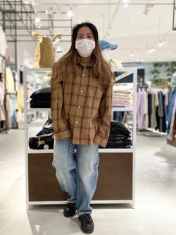 西宮ガーデンズ店のanさんのLeeの【SALE】オープンカラー チェック柄シャツ/長袖を使ったコーディネート