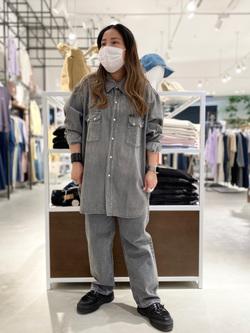 西宮ガーデンズ店のanさんのLeeのBLACK RIDERS デニムシャツを使ったコーディネート