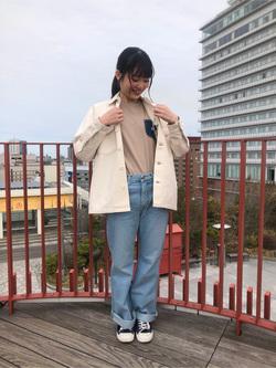 アミュプラザおおいた店のNatsumiさんのLeeのSTANDARD WARDROBE ベルフレアーを使ったコーディネート