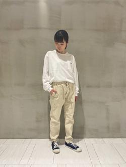 アミュプラザおおいた店のNatsumiさんのLeeの終了【サマーセール】ポケット付きTシャツ 長袖を使ったコーディネート