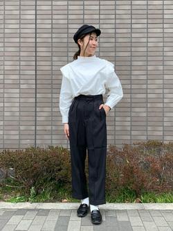 大阪店のwakanaさんのLeeのメンズサイズ追加【着回し力抜群のきれいめパンツ】タック入り トラウザーパンツを使ったコーディネート