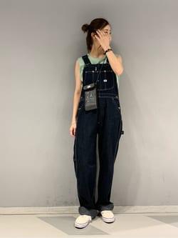大阪店のwakanaさんのLeeの【SALE】ノースリーブ Tシャツを使ったコーディネート
