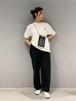 大阪店のwakanaさんのLeeの【SALE】チケットホルダーを使ったコーディネート