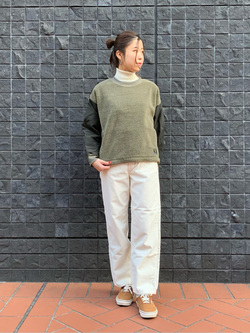 大阪店のwakanaさんのLeeの【Winter sale】STANDARD WARDROBE レギュラーストレート(コーデュロイ)を使ったコーディネート