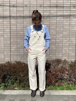 大阪店のwakanaさんのLeeの【年間定番&ベストセラー】オーバーオールを使ったコーディネート
