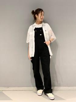 大阪店のwakanaさんのLeeの【SALE】シアーシースルーシャツ半袖を使ったコーディネート