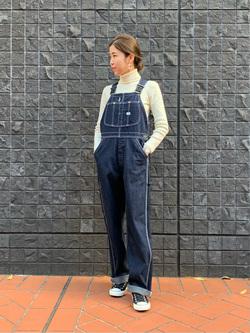 大阪店のwakanaさんのLeeの【年間ベストセラー】オーバーオールを使ったコーディネート