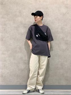 Lee 名古屋店のアンジェラさんのLeeのポケット付き 半袖Tシャツを使ったコーディネート