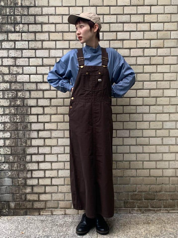 Lee 名古屋店のアンジェラさんのLeeのオーバーオール スカートを使ったコーディネート