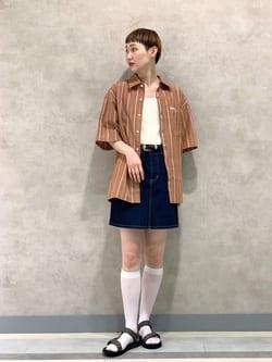Lee 名古屋店のアンジェラさんのLeeのボックスフィット 半袖シャツを使ったコーディネート