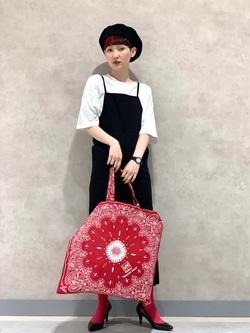 Lee 名古屋店のアンジェラさんのLeeの【直営店・WEB限定】リラックスサロペットスカートを使ったコーディネート