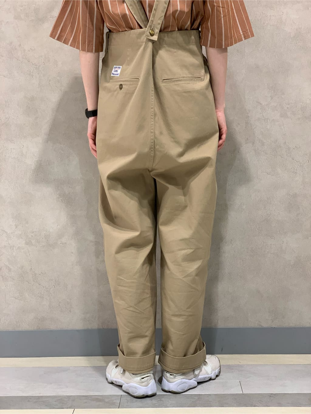 Lee 名古屋店のアンジェラさんのLeeの【再値下げSALE】ボックスフィット 半袖シャツを使ったコーディネート