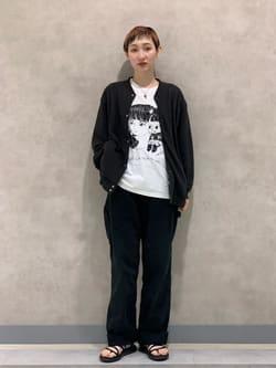 Lee 名古屋店のアンジェラさんのLeeの【TOPS 15%OFFクーポン対象】【SALE】【Buddy Lee100周年記念】Lee×牛木匡憲 半袖Tシャツを使ったコーディネート