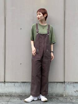 Lee 名古屋店のアンジェラさんのLeeのワークサロペットを使ったコーディネート