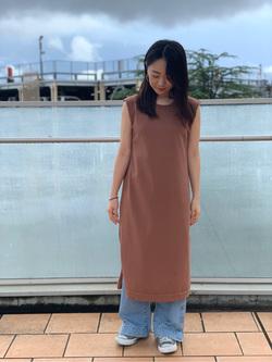 ららぽーと横浜のAyakaさんのLeeの【シークレットセーール!!】【直営店&WEB限定】ニットドレスを使ったコーディネート