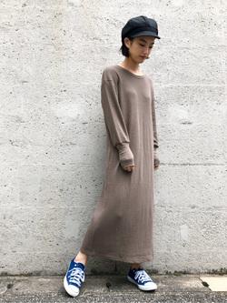 Lee アミュプラザ博多店のYurieさんのLeeの【Pre sale】サーマルロングドレスを使ったコーディネート
