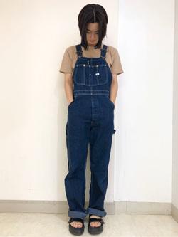 Lee アミュプラザ博多店のYurieさんのLeeの【ガレージセール】【男女兼用】キッズ着こなしで選ぶビッグフィット Tシャツ 子供 110cm-140cmを使ったコーディネート