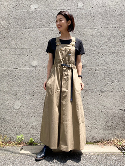 Lee アミュプラザ博多店のYurieさんのLeeの【Lee×GRAMICCI(グラミチ)】オーバーオール スカートを使ったコーディネート