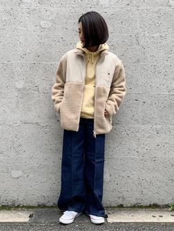Lee アミュプラザ博多店のYurieさんのLeeの【Winter sale】【ユニセックス】フリースジップアップジャケットを使ったコーディネート