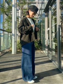 Lee アミュプラザ博多店のYurieさんのLeeの【ユニセックス】ビッグフィット ワークシャツ(コーデュロイ)を使ったコーディネート