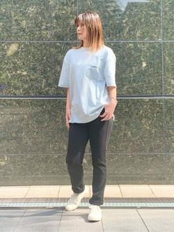 LINKS UMEDA店のYUKIさんのEDWINの【ガレージセール】【ユニセックス】EDWIN x ニシクボサユリ アーティストコラボTシャツを使ったコーディネート