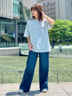 LINKS UMEDA店のYUKIさんのSOMETHINGのSOMETHING COOL ベイカーワイドパンツを使ったコーディネート