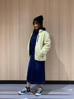 LINKS UMEDA店のYUKIさんのEDWINの【おうち時間応援セール】F.L.E ボアフリースジャケットを使ったコーディネート