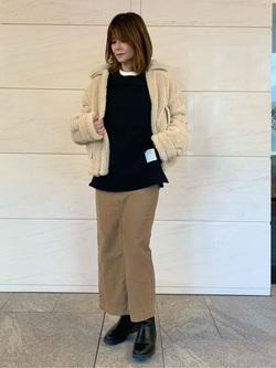 LINKS UMEDA店のYUKIさんのSOMETHINGの【Winter sale】SOMETHING ベイカースカートを使ったコーディネート