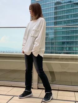 LINKS UMEDA店のYUKIさんのEDWINのミリタリーポケット ロングスリーブTシャツを使ったコーディネート