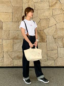 LINKS UMEDA店のYUKIさんのEDWINの【シークレットセーール!!】EDWIN LADIES 505 シンチバック サスペンダー ワイドパンツを使ったコーディネート