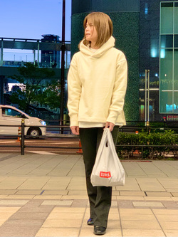 LINKS UMEDA店のYUKIさんのEDWINのEDWIN LADIES ハタラクロ ブーツカットを使ったコーディネート