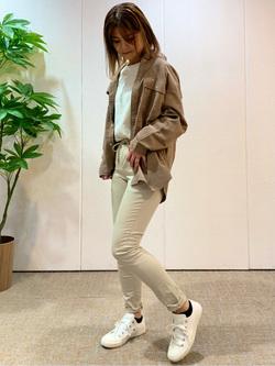 LINKS UMEDA店のYUKIさんのEDWINのEDWIN LADIES ラウンドヘム ロングスリーブTシャツを使ったコーディネート