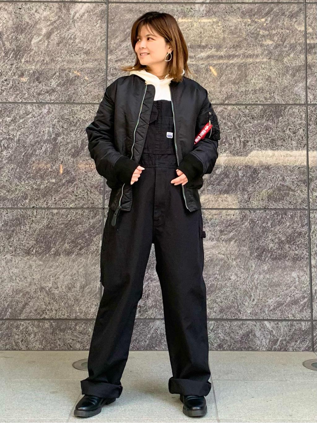LINKS UMEDA店のYUKIさんのEDWINの【再値下げ Winter sale】BOXロゴ スウェットパーカーを使ったコーディネート