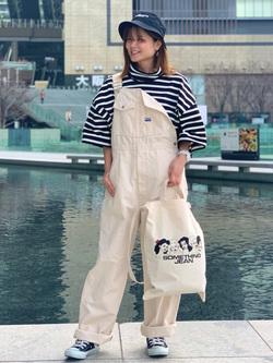 LINKS UMEDA店のYUKIさんのSOMETHINGのSOMETHING TOKYO SOME GIRLS 2WAYトートバッグを使ったコーディネート