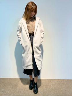 LINKS UMEDA店のYUKIさんのSOMETHINGの【GISELe 9月号掲載】SOMETHING FULL ZIP SKIRTを使ったコーディネート