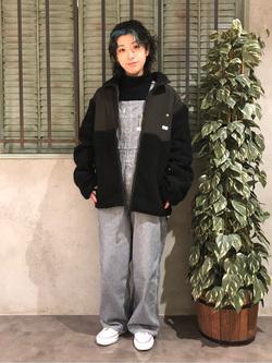 ルミネエスト新宿店のAzusaさんのLeeの【Winter sale】【ユニセックス】フリースジップアップジャケットを使ったコーディネート