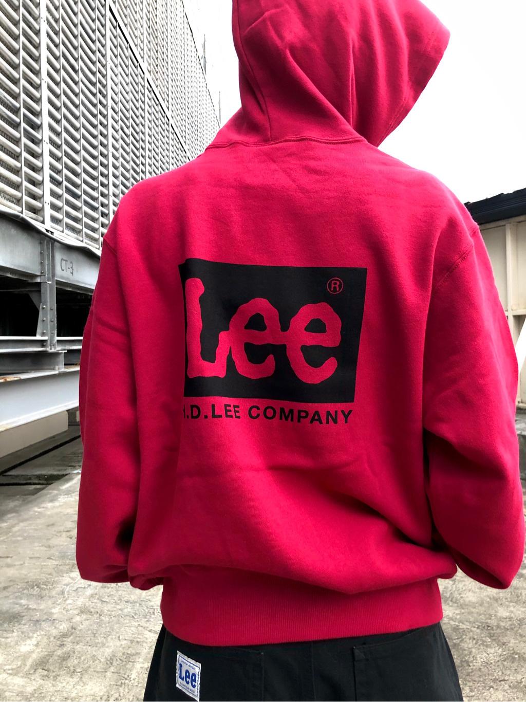 ルミネエスト新宿店のAzusaさんのLeeの【Pre sale】【ユニセックス】バックプリントロゴ パーカーを使ったコーディネート