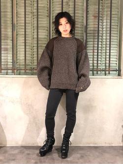 ルミネエスト新宿店のアンドウさんのLeeの終了【再値下げ Winter sale】ミリタリー パッチワークセーターを使ったコーディネート