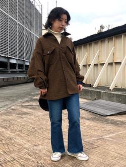 ルミネエスト新宿店のAzusaさんのLeeのSTANDARD WARDROBE フレアーを使ったコーディネート