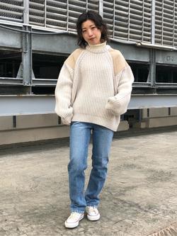 ルミネエスト新宿店のAzusaさんのLeeの【再値下げ Winter sale】ミリタリー パッチワークセーターを使ったコーディネート