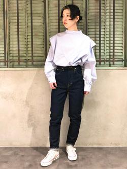 ルミネエスト新宿店のAzusaさんのLeeの【Winter sale】ビックショルダーシャツを使ったコーディネート