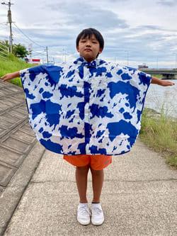 Lee アミュプラザ博多店のMarikoさんのLeeの【SALE】【雨の日もおしゃれに】キッズポンチョを使ったコーディネート