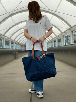 成田空港店(閉店)のMegumiさんのLeeの終了【シークレットセーール!!】トートバッグを使ったコーディネート