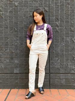 大阪店(閉店)のRunaさんのLeeの【すっきり着こなす】オーバーオール ストレッチスリムを使ったコーディネート