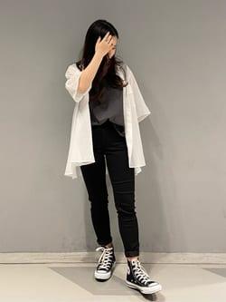 大阪店のRunaさんのLeeの【TOPS 15%OFFクーポン対象】【SALE】シアーシースルーシャツ半袖を使ったコーディネート
