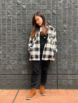 大阪店のRunaさんのLeeの【さらっと羽織れる】シャツジャケットを使ったコーディネート