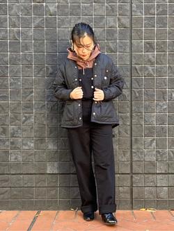 大阪店のRunaさんのLeeの【年間定番&ベストセラー】オーバーオールを使ったコーディネート