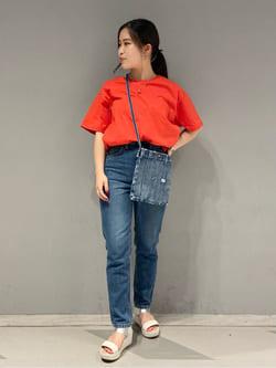 大阪店のRunaさんのLeeのビッグフィット Tシャツを使ったコーディネート